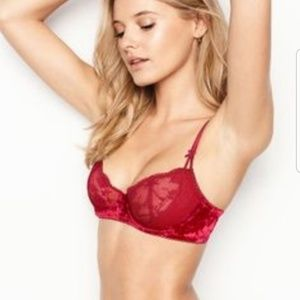 Victoria Secret DreamAngels PushUp Lace Velvet Bra